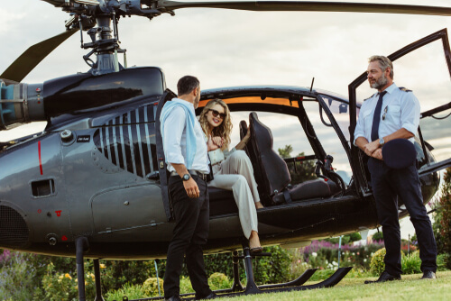 Learn What It Costs To Get A Helicopter Pilot License ...